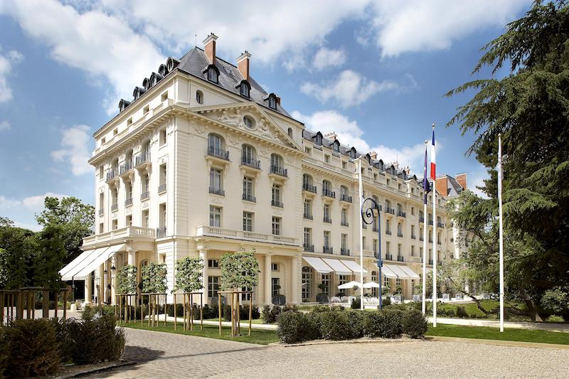 2.Trianon Palace Versailles, A Waldorf Astoria - Hotel Front View